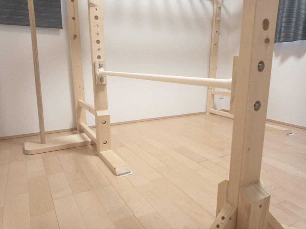 自作した室内用の鉄棒